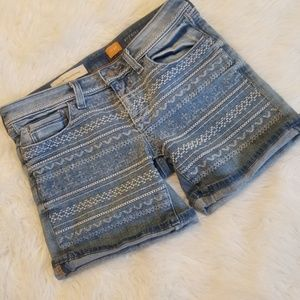 {Anthropologie} Pilcro Embroidered Jean Shorts
